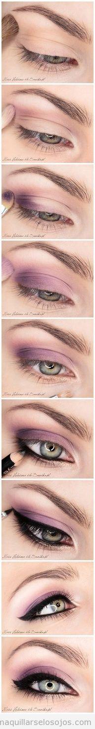 Tutorial paso a paso para aprender a hacer maquillaje ojos ahumado en lila o morado