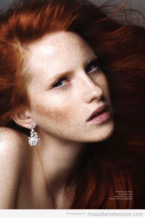 ideas maquillaje de ojos eyeliner blanco para  pelirrojas
