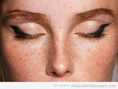 Maquillaje ojos primavera verano  Prada 2015