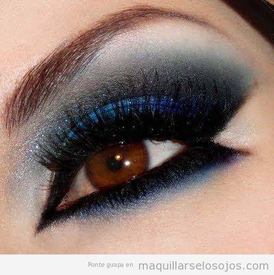 Maquillaje de ojos en azul y gris para una noche especial