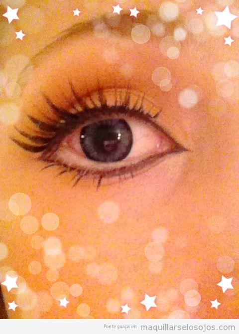 Maquillaje de ojos estilo Gyaru japonés