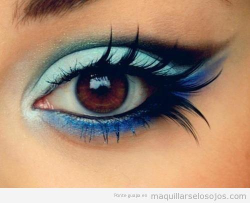 Maquillaje ojos marrones en tonos azules