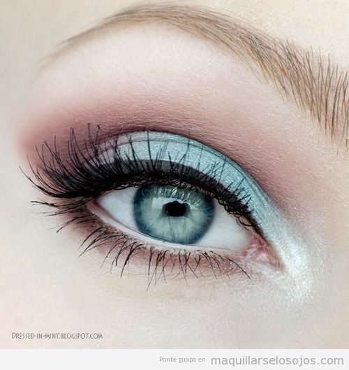 Maquillaje de ojos, sombras en azul y rosa, primavera 2013
