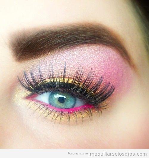 Maquillaje en amarillo con línea del agua en rosa, primavera 2013