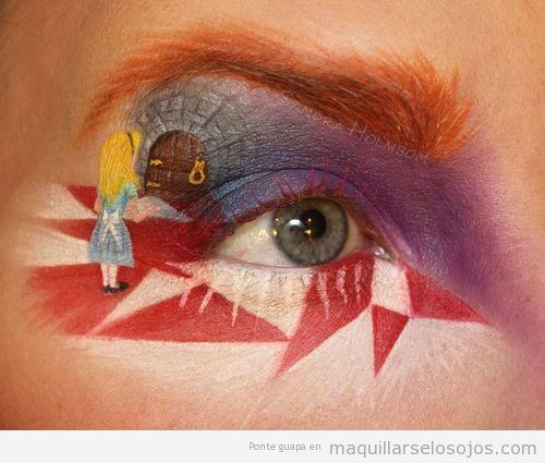 Maquillaje de ojos fantasía, Alicia