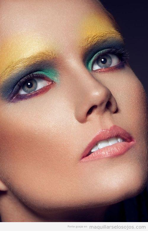 Inspiración e ideas, maquillaje de ojos en amarillo verde y azul para verano 2013