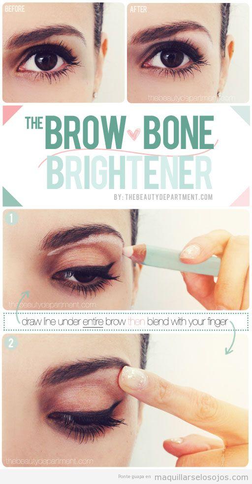 Técnica para elevar la ceja al maquillarse los ojos
