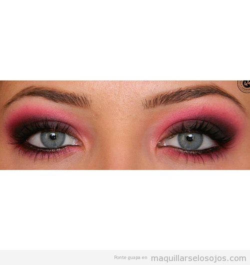 Maquillaje de ojos ahumado con sombra fucsia, verano 2013