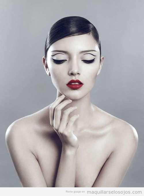 Maquillaje de ojos con un perfilado o eyeline original
