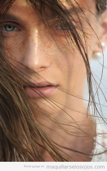 maquillaje-ojos-Oktawia-Ciunek-by-Susanne-Spiel-Harpers-Bazaar-Arabia-November-2013 (2)