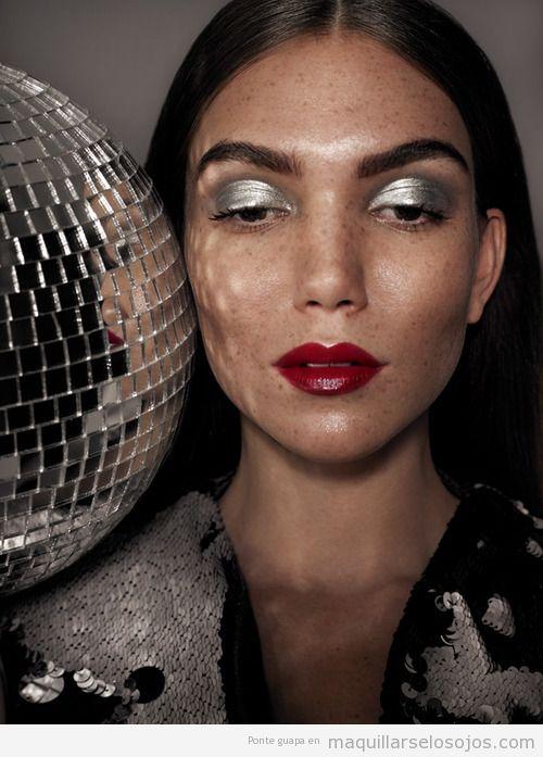 Ideas maquillaje ojos otoño invierno 14 en tonos plateado