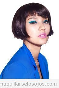 Maquillaje de ojos en tonos azules 2