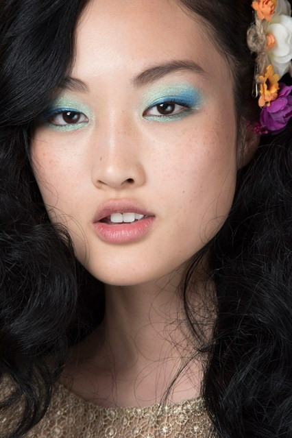 Maquillaje ojos modelos pasarela primavera 2016 Diane von Furstenberg 2