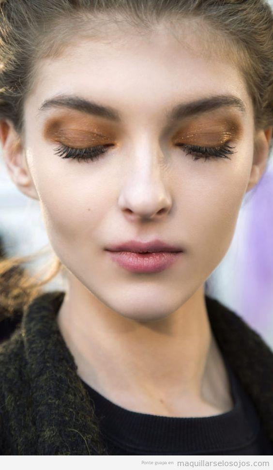 Tendencia maquillaje de ojos otoño 2016