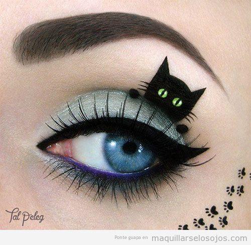 Maquillaje con dibujo de gato para Halloween