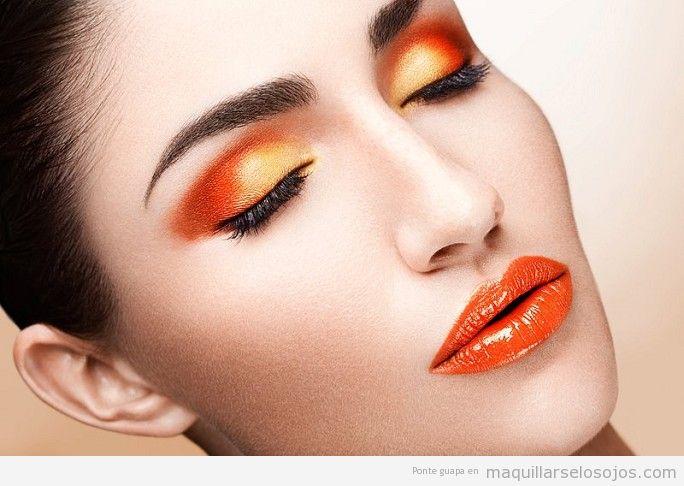 Maquillaje de ojos color naranja dramático 1