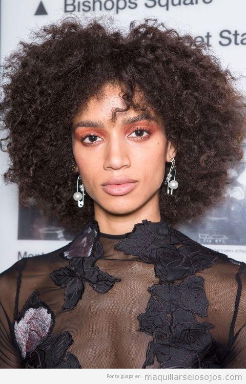 Tendencias maquillaje de ojos verano 2017 color naranja