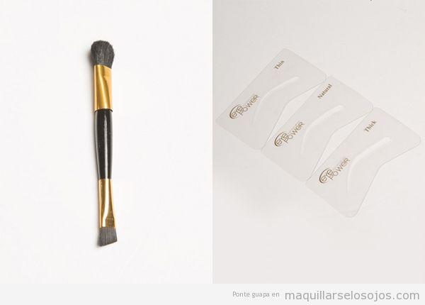 Pincel y plantilla maquillaje de cejas