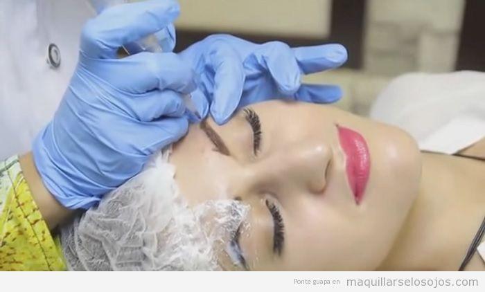 Procedimiento microblading cejas