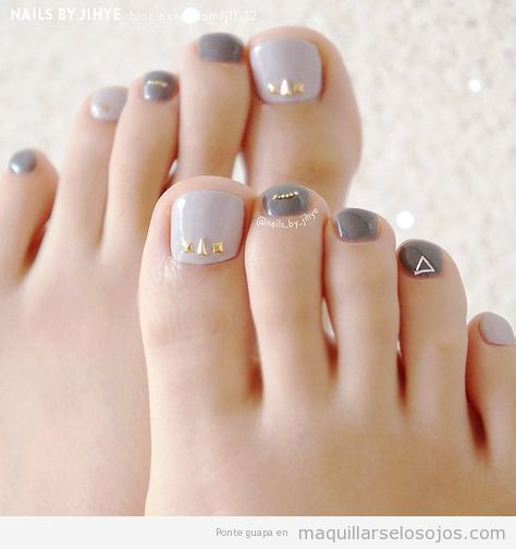 Tendencias pedicura otoño 2019 grises y brillantes