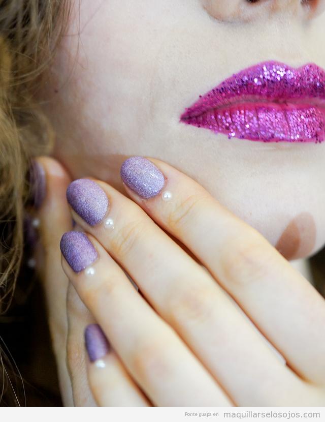 Tendencia manicura otoño 2019 glitter lila