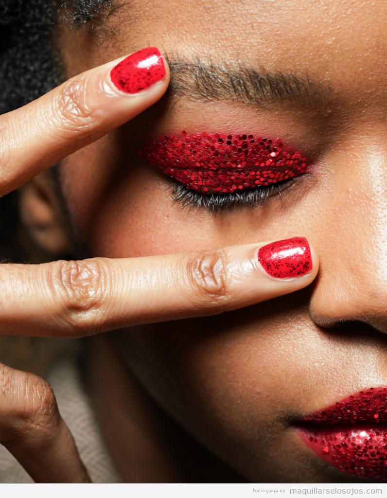 Tendencia manicura otoño 2019 glitter rojo